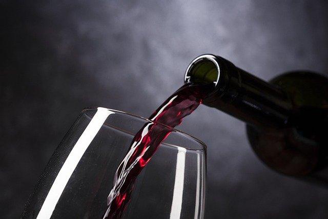 Bottiglia di vino piemontese